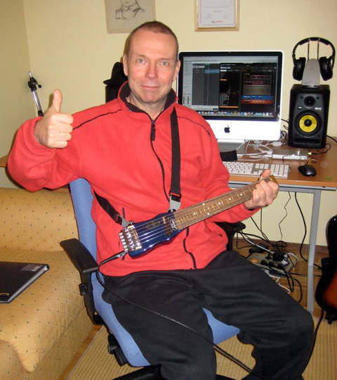 Another thumbs up 4 Lapstick travel guitar